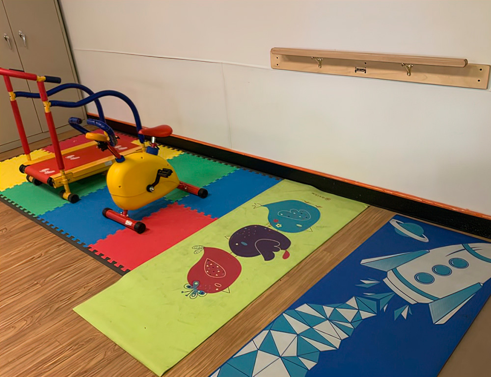 """Building Big Muscles in The Adorable """"Little Gym"""""""